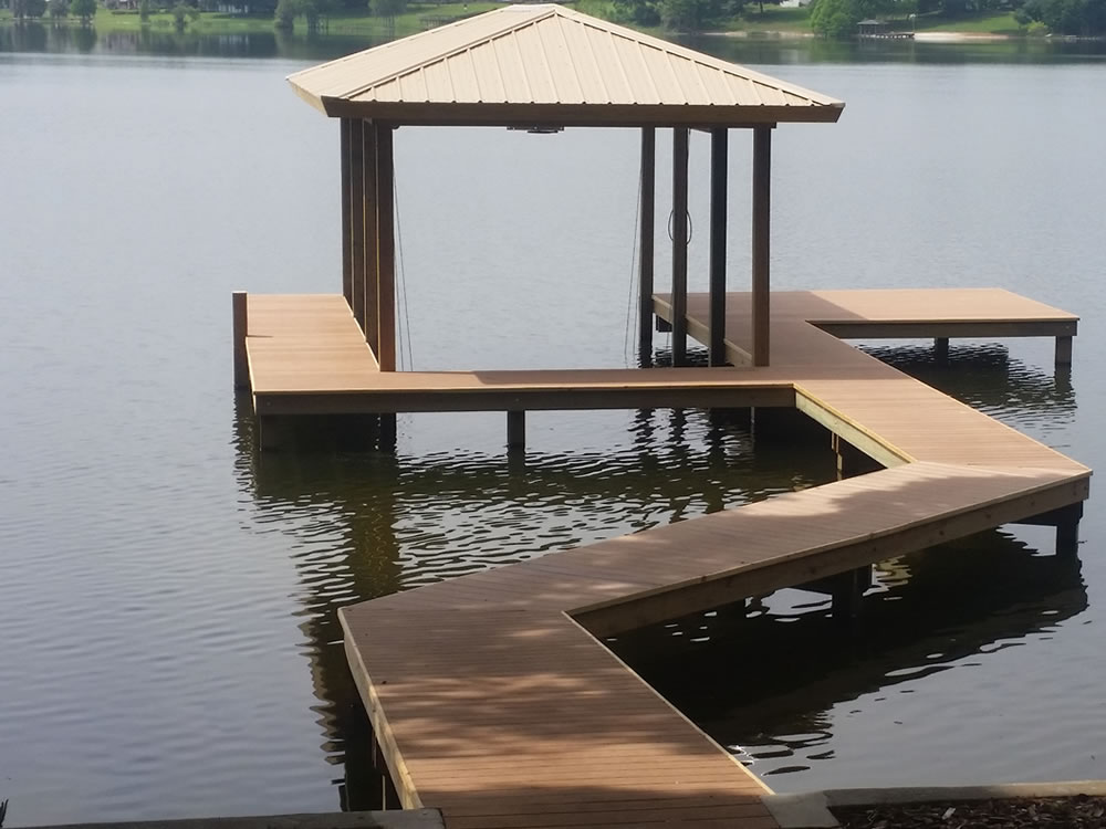 Aluminum, Composite and PVC materials used by Decks and ...